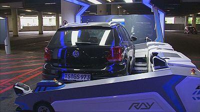 All'aeroporto di Düsseldorf un robot per parcheggiare