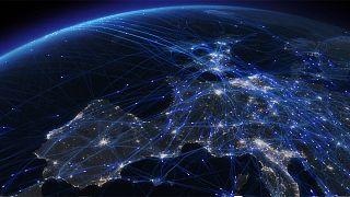 30.000 πτήσεις μέσα σε μία μέρα σε ένα εντυπωσιακό βίντεο!