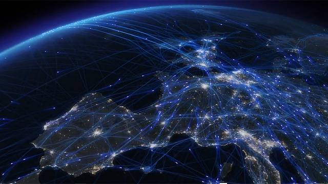 Watch: Fascinating video offers glimpse of European airspace