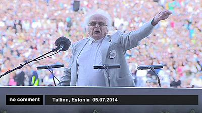 Estonian celebration gathers 8,500 performers – nocomment