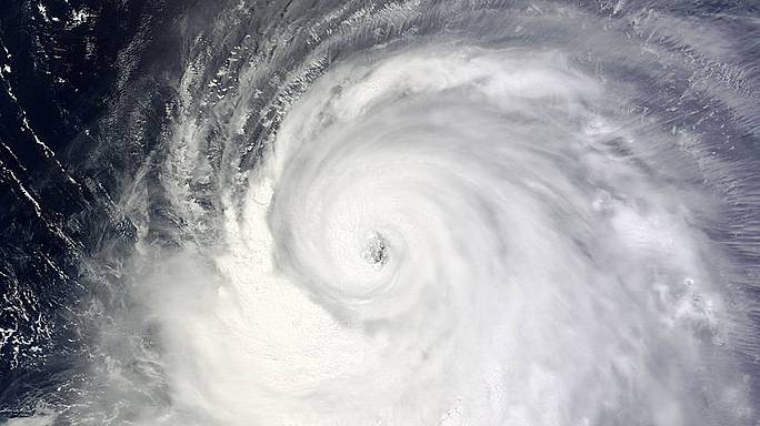 'Grave danger' as Typhoon Neoguri nears Japan