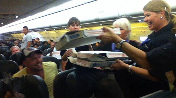 Etats-Unis : l'avion coincé sur le tarmac, le pilote paye sa tournée de pizzas