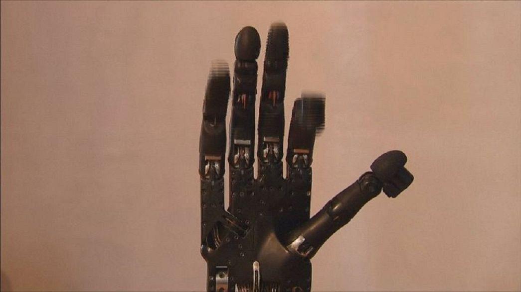 """Il robot che può davvero """"dare una mano"""""""