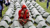 Gyásznap Boszniában – a srebrenicai népirtás áldozataira emlékeznek