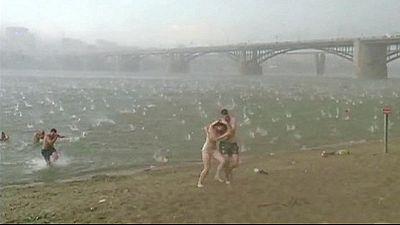 Massive hailstorm hits Siberian beach – nocomment