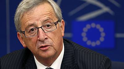 Juncker vence batalha final para presidência do executivo europeu
