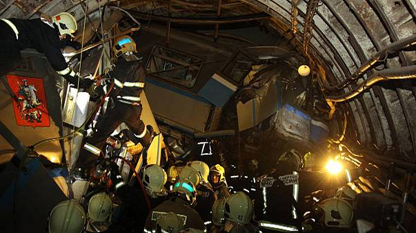 Two detained following deadly Moscow metro derailment