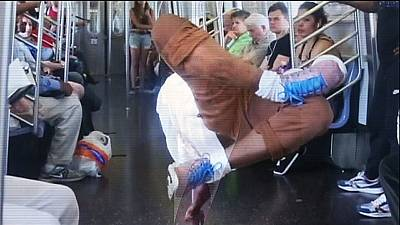 Dancing banned on New York's subway