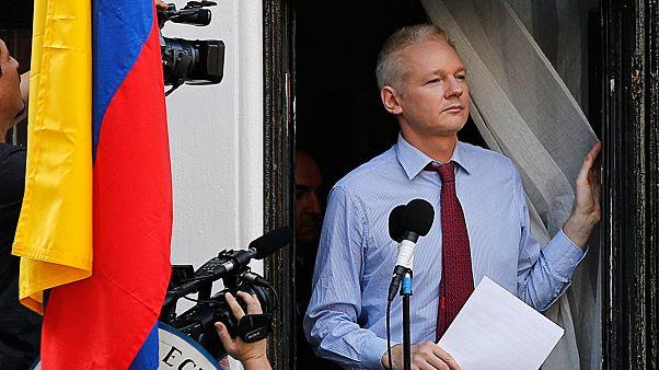 Un tribunal de Stockholm maintient le mandat d'arrêt contre le fondateur de WikiLeaks