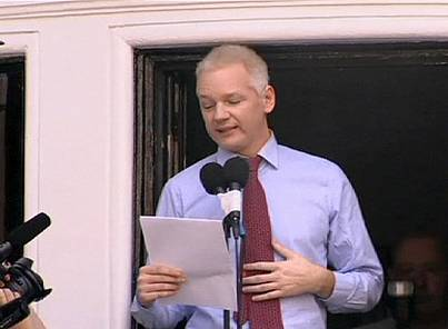 Assange loses bid to have arrest warrant overturned