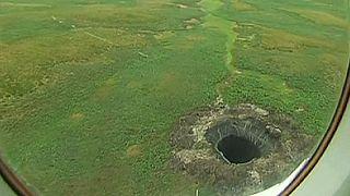 Un gigantesco cráter intriga a los científicos en los confines de Rusia