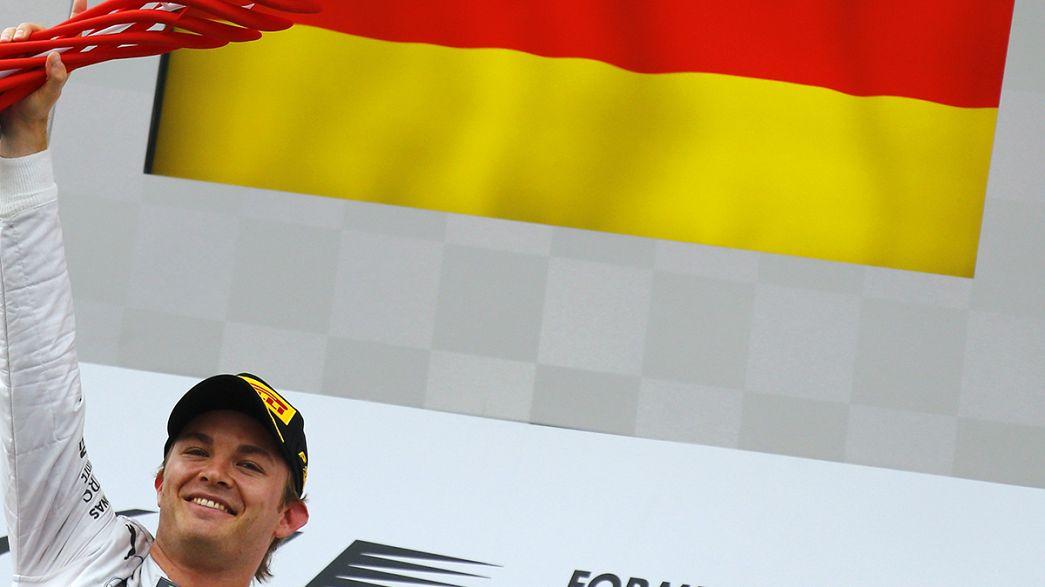 Speed: Nico Rosberg passeia em casa