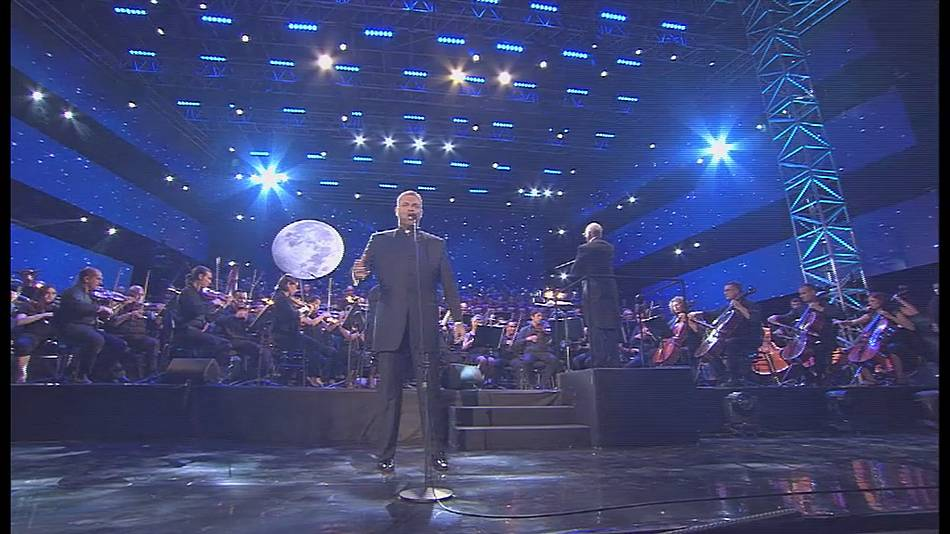 Malta opera star Joseph Calleja's summer concert draws big crowd