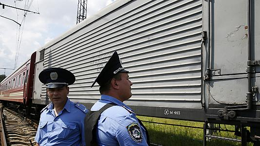 MH17: Victims' bodies prepared to be transported to the Netherlands