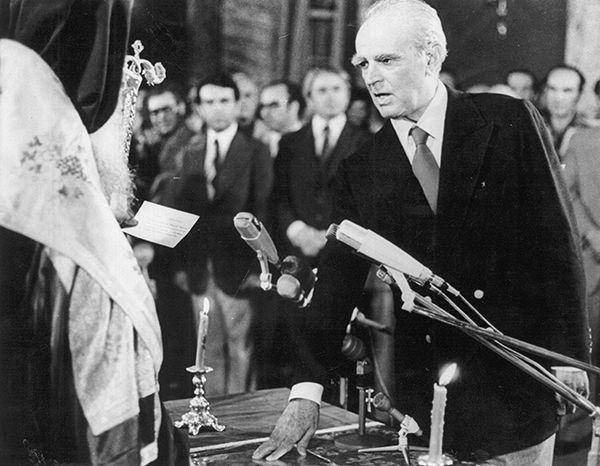 24 Ιουλίου 1974: 40 χρόνια μετά την αποκατάσταση της... Δημοκρατίας!    Euronews