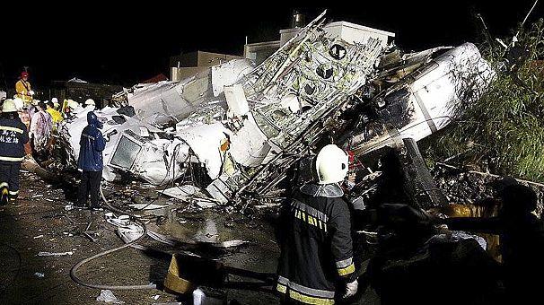 47 dead and 11 injured in TransAsia Airways crash landing