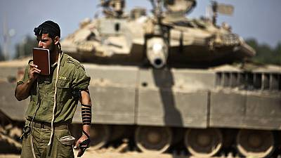 Israelis unite around troops fighting in Gaza