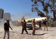 Libya in crisis as violence intensifies between armed militias