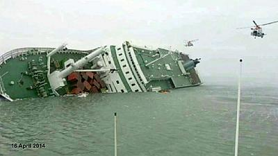 Students floated to safety from South Korea ferry