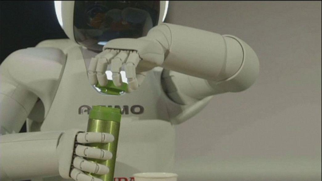 نسخة جديدة من الروبوت أسيمو