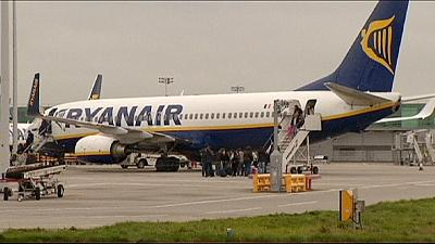 Ryanair raises profit forecasts