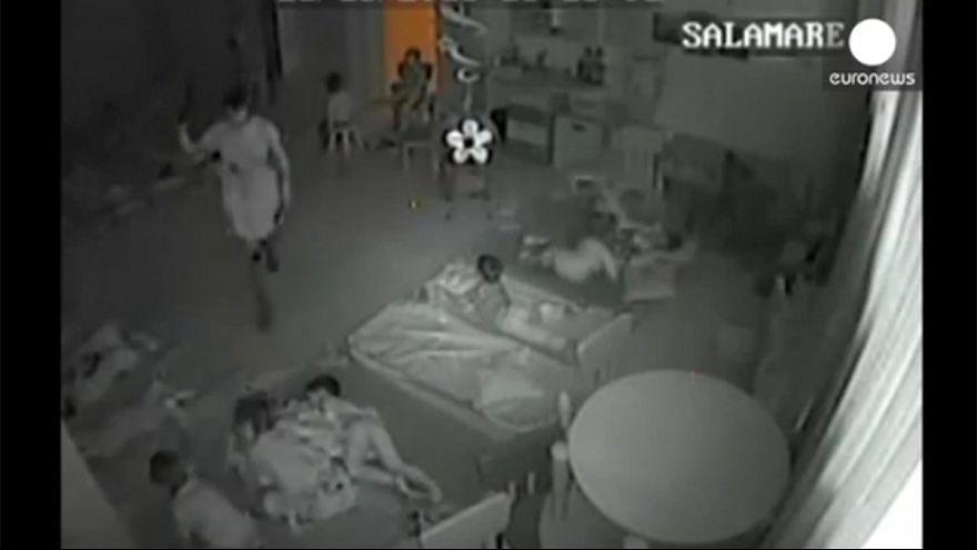 Roumanie : Le personnel d'une crèche filmé en train de maltraiter des enfants