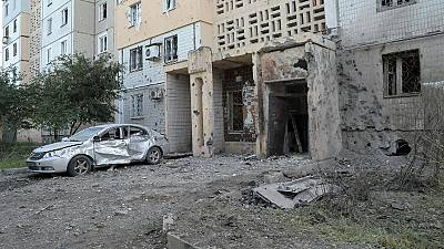 Ukraine: Shelling of rebel-held Donetsk takes toll on residents