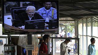 Εν αναμονή της δίκης των Ερυθρών Χμερ