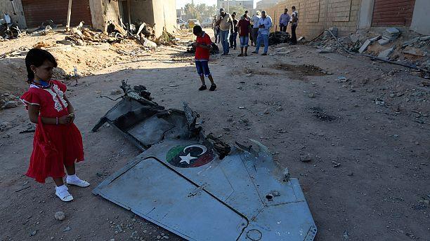 ماذا يحدث في ليبيا ؟