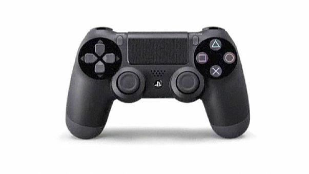 Da hilft nur noch Polizei: 15-jähriger Playstation-Fan dreht durch