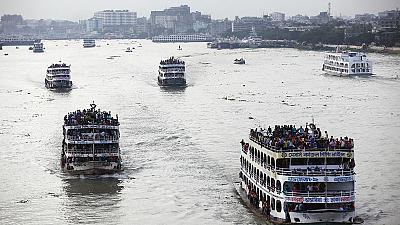 Ferry capsizes in Bangladeshi river
