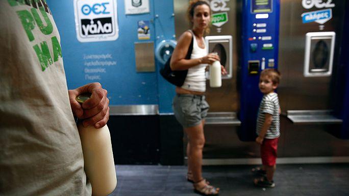 Yunanistan'da süt otomatına büyük ilgi
