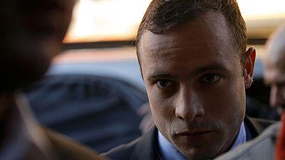 Prosecutor labels Pistorius 'deceitful witness' in murder trial