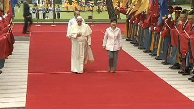 Pope Francis visits S. Korea – nocomment