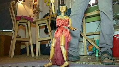 Egyptian belly-dancing through puppets – nocomment