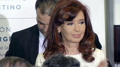 Argentina's debt manoeuvres not seen as ending default crisis