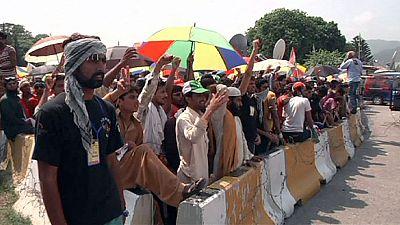 Protest standoff at Pakistan parliament