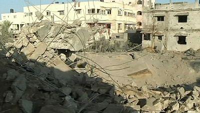 Israel presses home air assault on Hamas leaders in Gaza