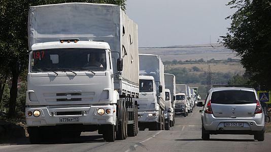 """Kiev acusa Rússia de """"invasão direta"""" da Ucrânia mas promete não atacar a """"caravana humanitária"""""""