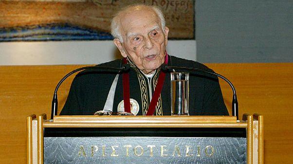 Έφυγε από τη ζωή ο σπουδαίος φιλόλογος και καθηγητής Εμμανουήλ Κριάρας