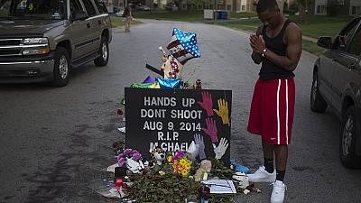 USA: prayers for teenager's death after police shooting