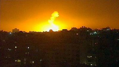 Hamas and Israel trade fire – quashing hopes of truce talks