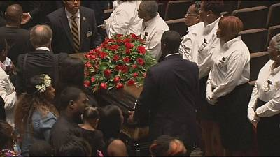Thousands mourn at funeral of Michael Brown