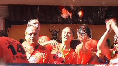 Buñol in Spain runs tomato red as tourists flock to Tomatina