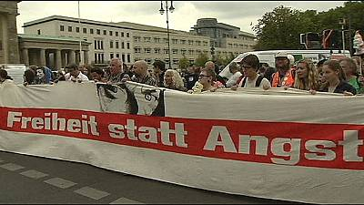 Anti-spying march attracts thousands in Berlin