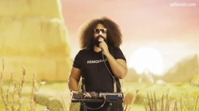 Reggie Watts Goes Solar for #ClickClean (Greenpeace)