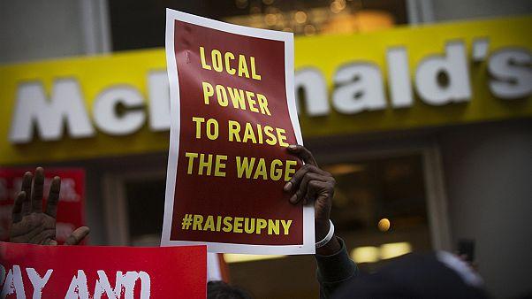 اضراب عمال مطاعم الوجبات السريعة في الولايات المتحدة