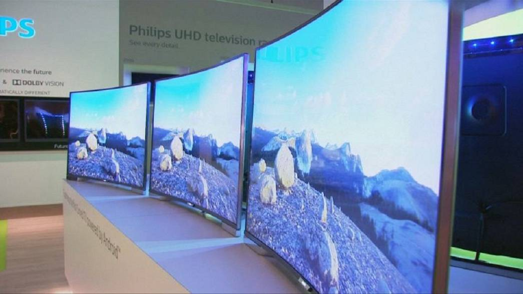 Bendable TVs all the rage at Berlin IFA show