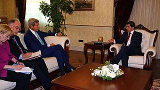 Başbakan Davutoğlu: Radikalleşme büyük tehdit