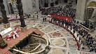 Pope hold mass marriage